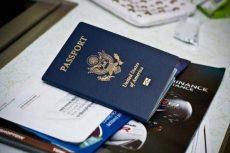 Đi máy bay cần những giấy tờ gì?